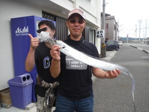 10月4日 太刀魚 平スズキ ツバス 石鯛 イシガキ カワハギ
